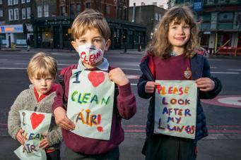 Лондонским школьникам будут выдаваться маски
