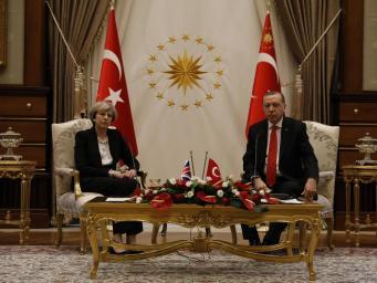 Президент Эрдоган приедет на переговоры с Терезой Мэй