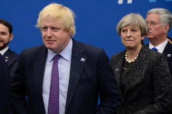 Тереза Мэй пошла на открытую конфронтацию с Борисом Джонсоном из-за NHS