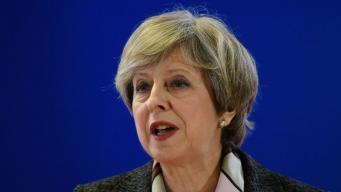 Секретный график встреч и визитов Терезы Мэй обнаружен забытым в поезде фото:bbc