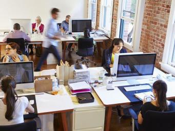 В Великобритании названы лучшие для трудоустройства женщин компании и корпорации фото:independent