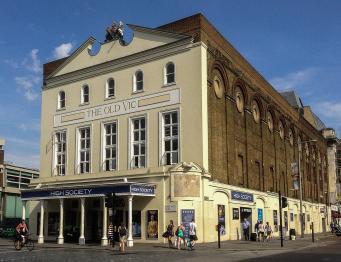 В театре Old Vic проведена эвакуация труппы и зрителей