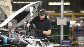 В Великобритании зарегистрирован спад промышленного производства фото:bbc