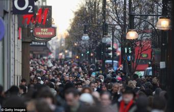 Британские потребители затягивают пояса и сокращают расходы фото:thisismoney