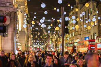 В Лондоне объявлен конкурс на новый рождественский декор Оксфорд-стрит