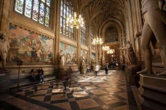 Вестминстерский дворец открылся для туристов фото:londonist.com