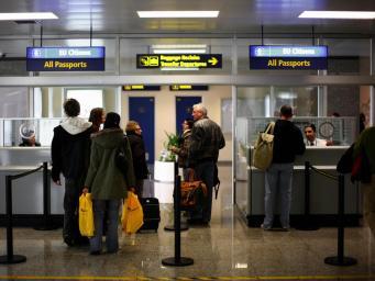 Депутаты-тори выдвинули идею ускоренного оформления виз гражданам Содружества наций фото:independent.co.uk