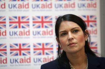 Великобритания инвестирует сотни миллионов фунтов в борьбу с тропическими болезнями фото:bbc