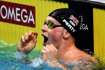 Британский пловец дважды за день побил мировой рекорд фото:standard.co,uk