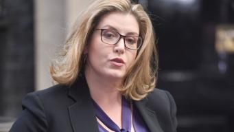 Министром обороны Великобритании впервые стала женщина