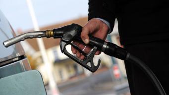 Британские сетевые супермаркеты опустили цены на заправках фото:skynews