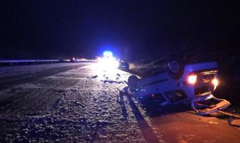 Снегопад спровоцировал многочисленные аварии на трассе М20 в графстве Кент