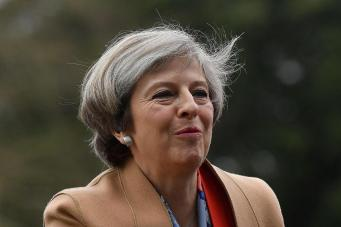 Тереза Мэй пытается удержать разваливающееся на глазах королевство фото:standard.co.uk