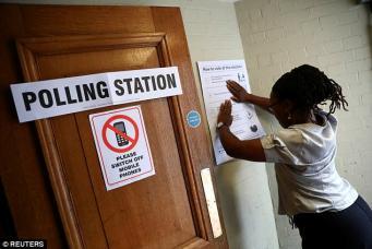 В Великобритании начались досрочные всеобщие парламентские выборы