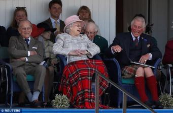 Королевская семья посетила Игры в Брэмаре