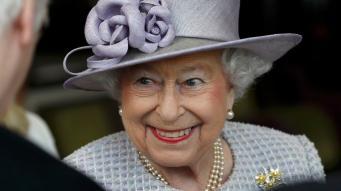 Королева Елизавета II отмечает девяносто первый день рождения фото:itv