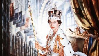Великобритания отметила 65-летие коронации Елизаветы II