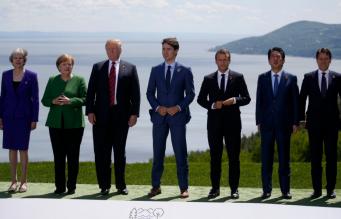 Тереза Мэй высказалась против возвращения России на саммит ведущих экономик мира