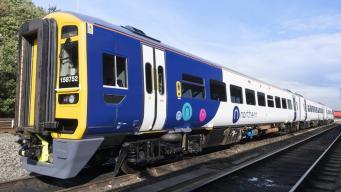 Железнодорожники в Англии отметят забастовками начало «высокого сезона» в перевозках фото:bbc