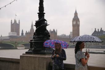 Метеобюро  предупредило об угрозе ливней и гроз на юго-востоке Англии фото:metro.co.uk
