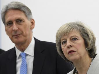 Объем заимствований британского правительства в ноябре превысил план на миллиард фунтов фото:reuters