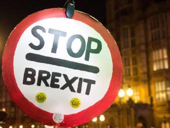 Сайт с петицией против Брекзита дважды не выдержал наплыва посетителей