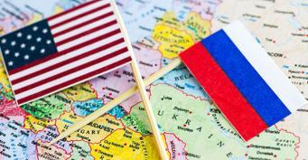 Запад коллективно разрывает дипломатические отношения с Россией