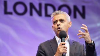 Мэр Лондона намерен извлечь выгоду для города из скандального дела Volkswagen фото:thisismpney.co.uk