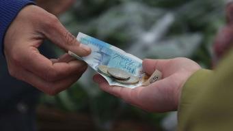 Доля сбережений британских потребителей опустилась до минимума за год