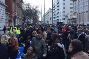 Посетители лондонского Музея науки были эвакуированы из-за пожарной сигнализации фото:standard.co.uk