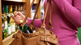 Взрывной рост магазинных краж угрожает британскому ретейлу