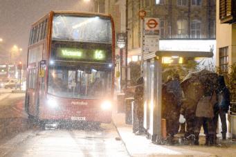Департамент транспорта мэрии Лондона заявил о полной готовности к снегопаду фото:standard.co.uk