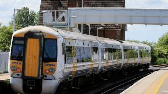 В лондонских пригородных поездах упразднят вагоны первого класса