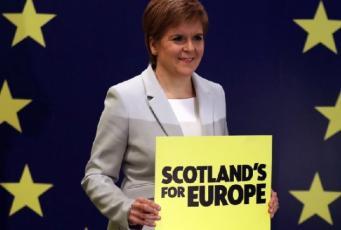 Шотландцы вновь склоняются к идее независимости в ответ на Брекзит