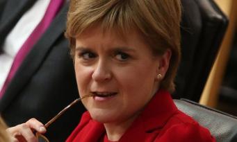 Никола Стерджен отказалась от идеи немедленного повторного референдума о независимости фото:theguardian.com