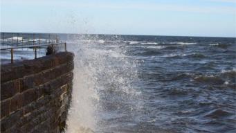 Шотландию накрыл шторм Барбара фото:bbc.com