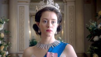 Netflix начал показ сериала о молодых годах Елизаветы II фото:etonline.com