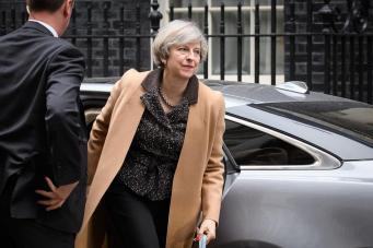 Досрочные парламентские выборы в Великобритании: официальный комментарий Даунинг-стрит фото:independent
