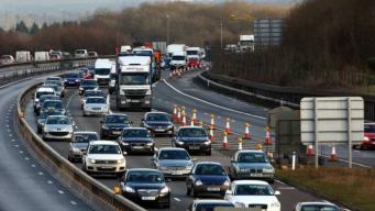 Рождественский трафик: Каждый второй британский автомобиль застревает в пробке