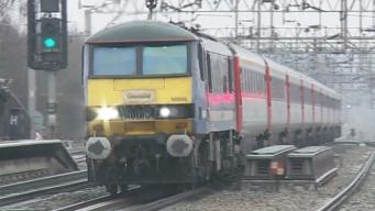 Экстремальная жара стала причиной срыва графика движения поездов на юго-востоке Англии фото:itv