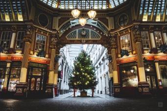 Лучшие рождественские ёлки в Лондоне фото:londonist.com