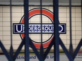 Станции метро в центральной части Лондона закроются в 18:00 фото:independent.co.uk