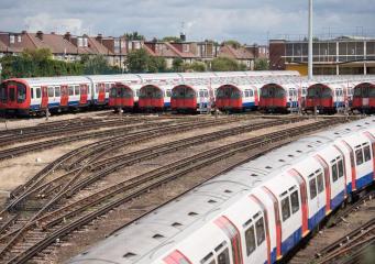 Лондонское метро анонсировало две двенадцатичасовых забастовки