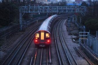 Линию лондонского метро Jubilee заморозят две забастовки