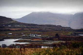 Миллиардеров не допустили до торгов за шотландский остров
