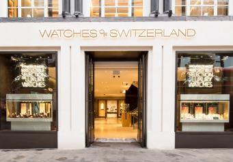 На Оксфорд-стрит среди бела дня ограблен часовой магазин