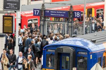 Платформы вокзала Ватерлоо открылись после реконструкции