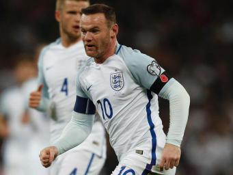 FIFA оштрафовала сборные Англии и Шотландии за маковые повязки фото:independent.co.uk
