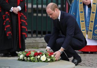 Супруги Кембриджские посетили поминальную службу по жертвам  Вестминстерского теракта фото:dailymail