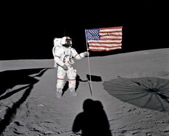 Американцы планировали создать на Луне шпионскую военную базу